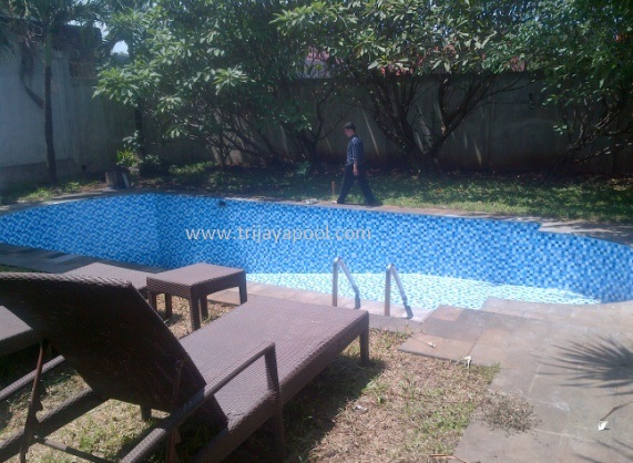 Jasa Perawatan Kolam Renang Tangerang Selatan Tenaga Profesional