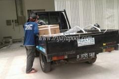 pengiriman-peralatan-kolam-renang