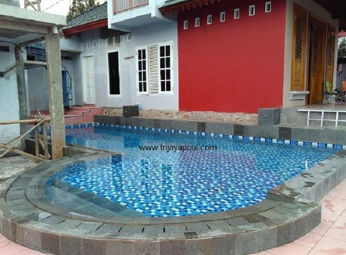 kolam renang petukangan 4