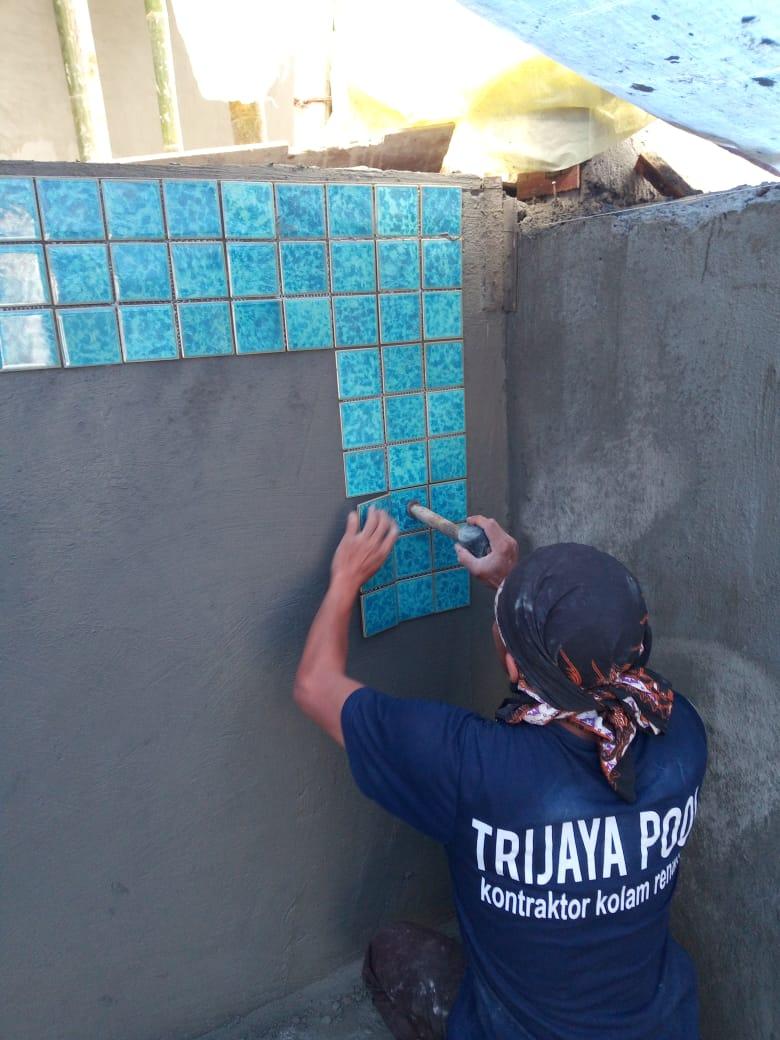 Jasa Renovasi Nat Keramik Kolam Renang Tangerang